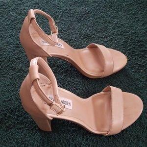 Steve Madden Shoes - Steve Maddon Carrson Leather Block Heels Sandals